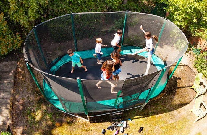Trampolin Oval